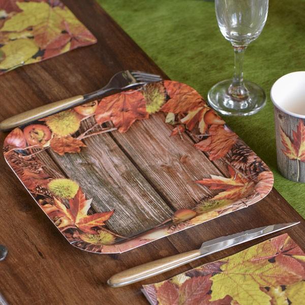 Pappteller Blätter